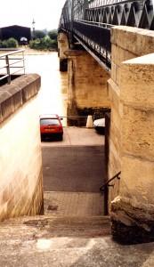 Pont de Langoiran et quais. P 8.